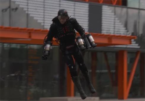 Med sex jetmotorer lyfter dräkten en människa. Foto: YouTube
