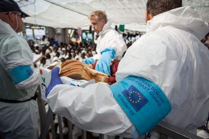 Sveriges deltagande i Operation Triton, här på Kustbevakningens fartyg KBV 002. Foto: Valdemar Lagerkrantz, Kustbevakningen