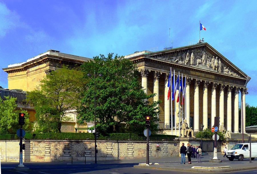 Nationalförsamlingen l'Assemblée nationale i Bourbonpalatset. Foto: Wikipedia