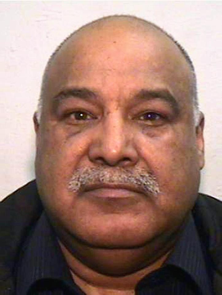 Shabir Ahmed dömdes till 19 års fängelse för att ha rövat bort brittiska flickor. I maj stod han åtalad för nya brott som uppdagats. Foto: Greater Manchester Police