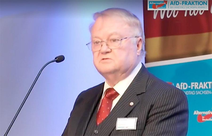 Algis Klimaitis talar på ett AfD-möte i Magdeburg den 12 augusti 2017. Foto: AfD