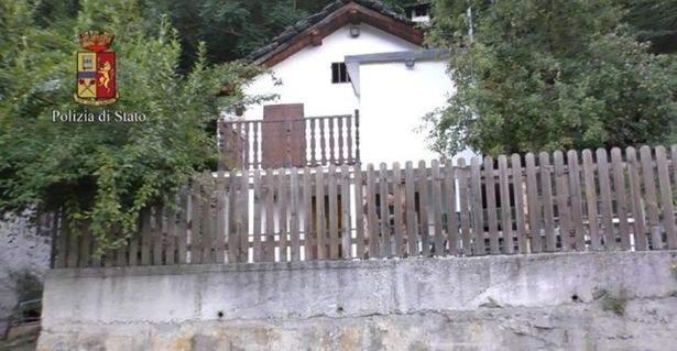 Huset där fotomodellen ska ha rövats bort. Foto: Italienska polisen