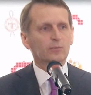 Sergej Naryshkin, direktören för SVR (Tjänst för utrikesinhämtning) hälsar alla välkomna till utställningen och en minnesstund över mästerspionen Kim Philby. Foto: Rossija24